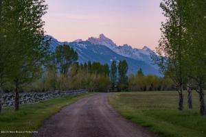 15 N Wenzel Ln Wilson Wyoming 83014